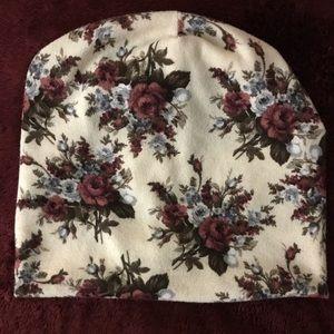 Accessories - Soft Spring Cute Floral Purple Pattern Beanie OS